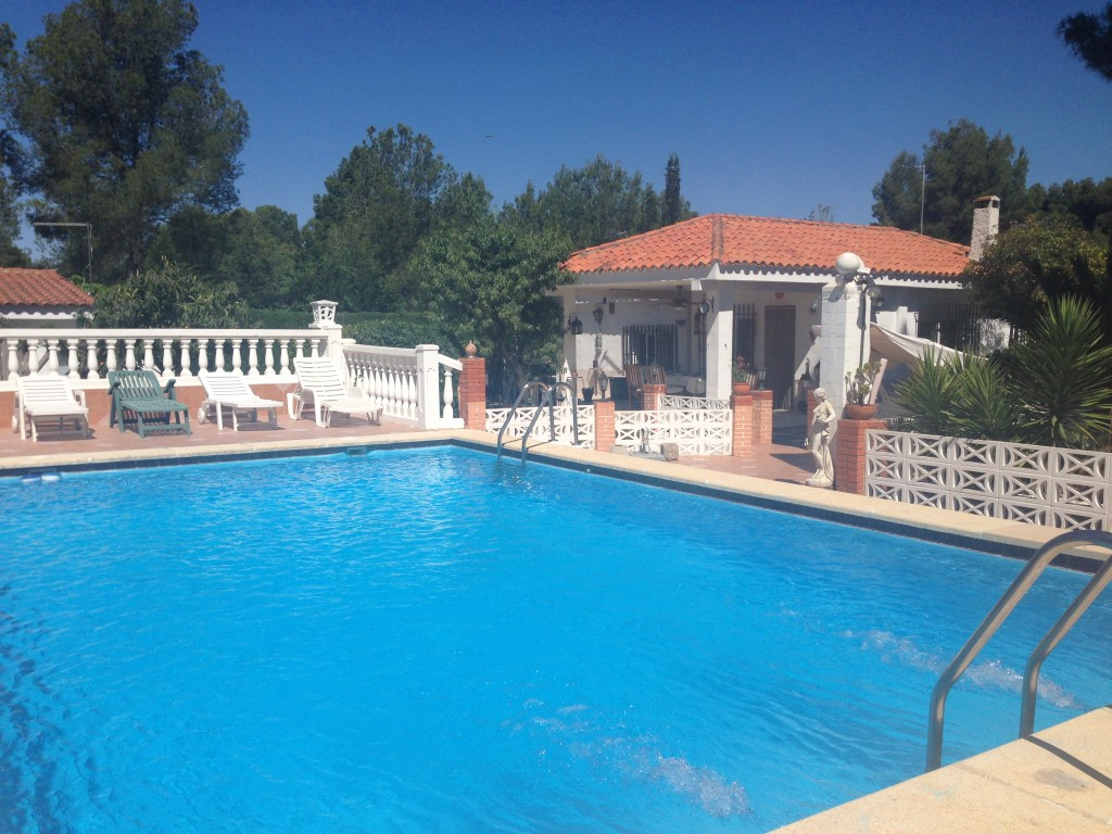 Cute Olocau Villa with Pool