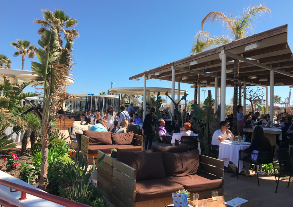 If you have an enviable climate you may as well take advantage right? Outside terraces at the bars and restaurants make al fresco drinking and dining perfect