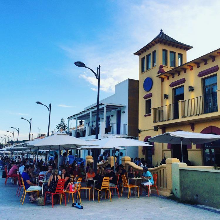 The Patacona Promenade Cafes