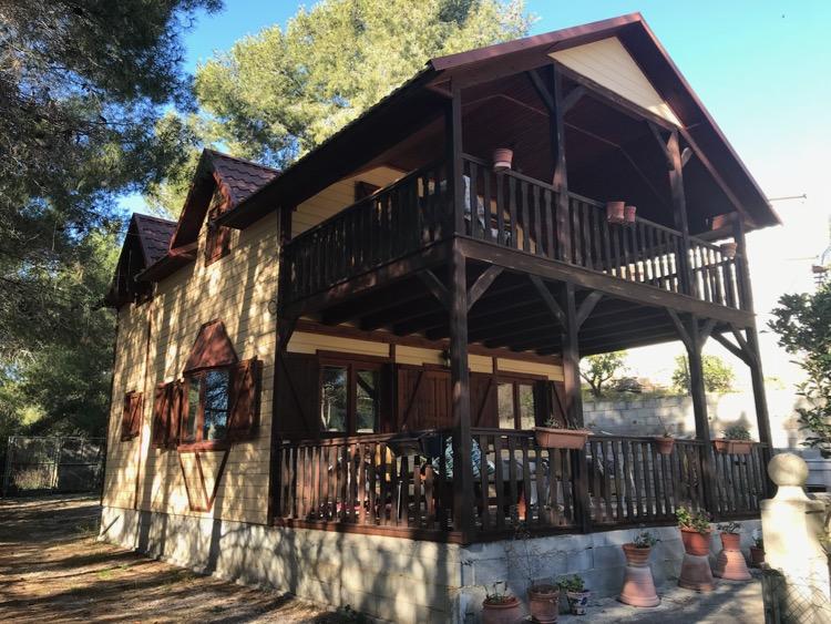 138000 Euros Godelleta Guesthouse Opportunity