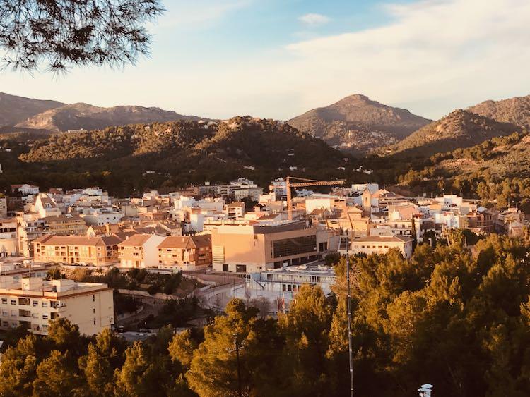 Naquera seen from the Ermita
