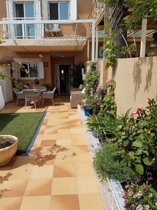 549000 Euros First Line Beach House in Valencia