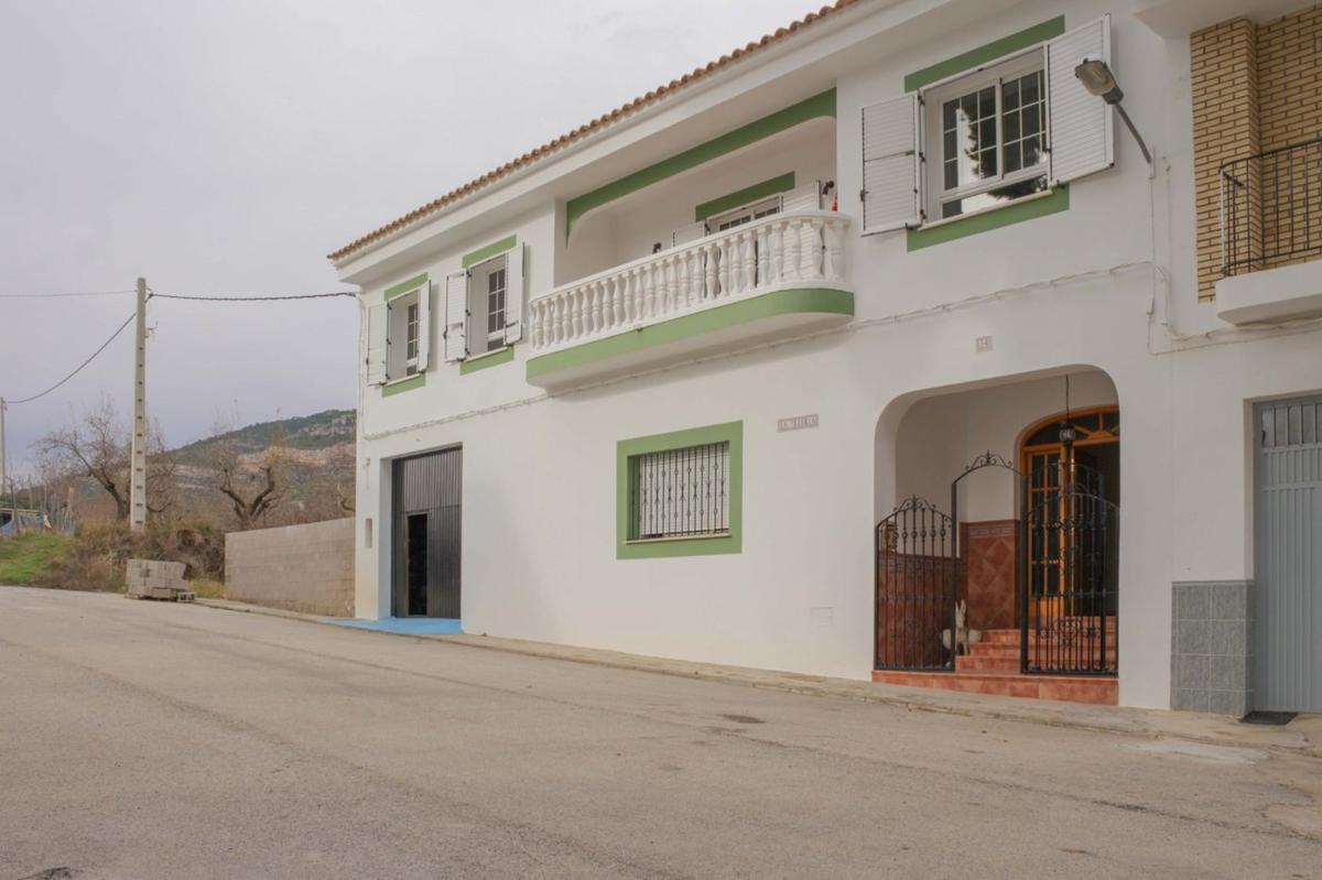Property in Chulilla