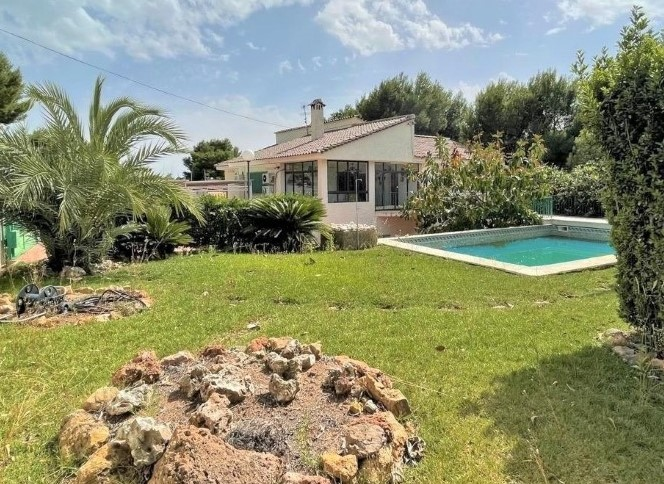Picture of Large Villa perfect for lots of visitors