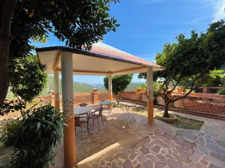 Picture of Hilltop Villa with Sea Views